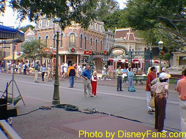 Disneyland's Christmas in August 1997.